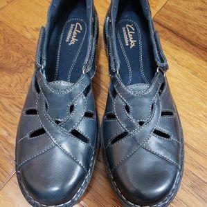 Clark's Bendables navy leather shoes 7.5M